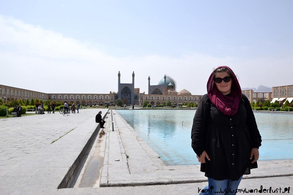 Iran solo female traveler