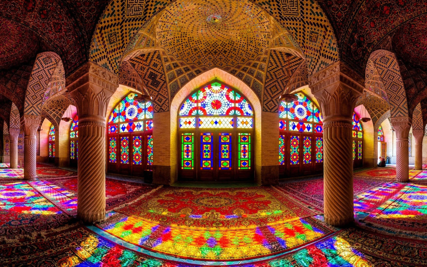 Nasir ol-molk Mosque in Shriaz