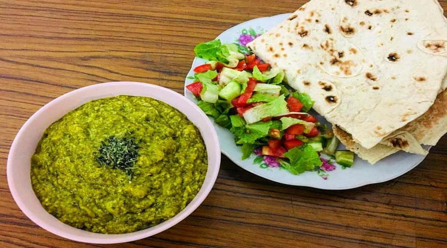 Iranian-traditional-food-Spinach-Eshkene