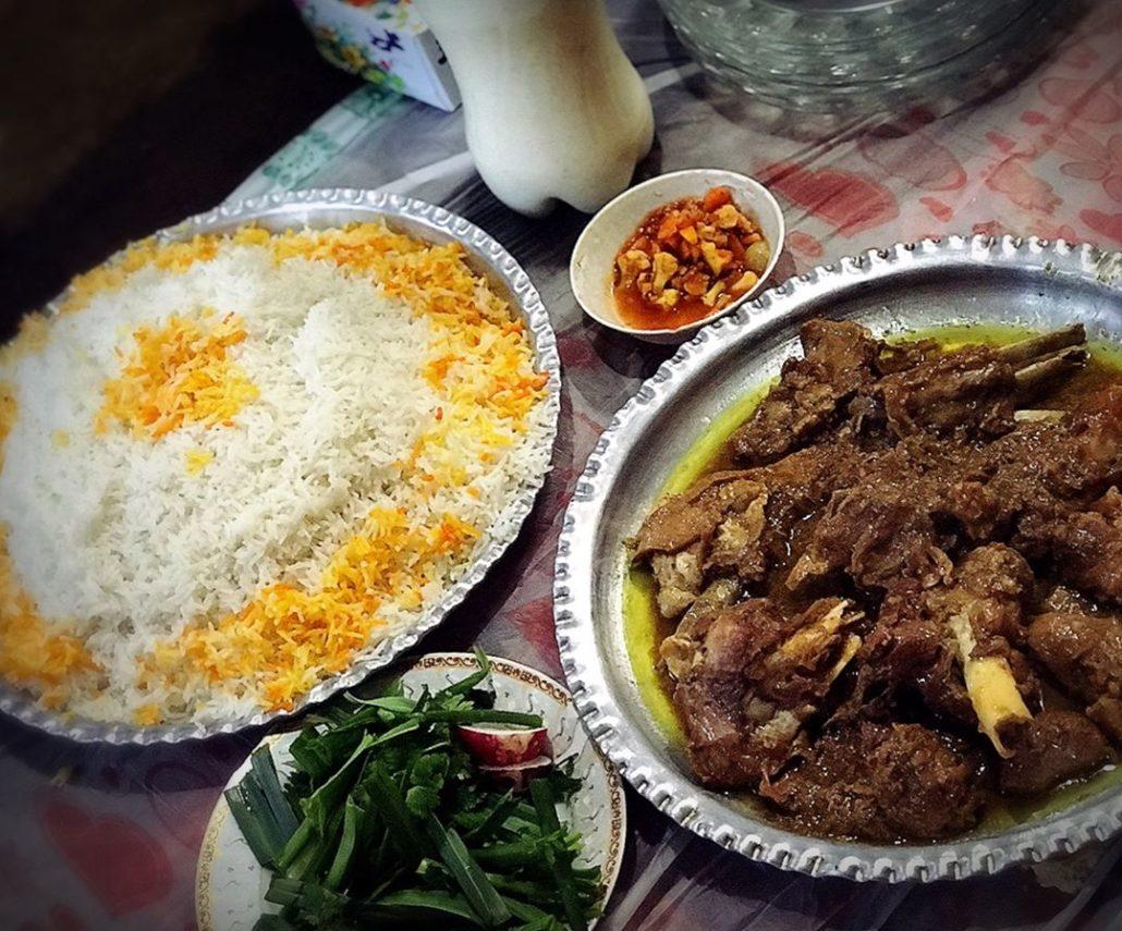 Yakhni with rice