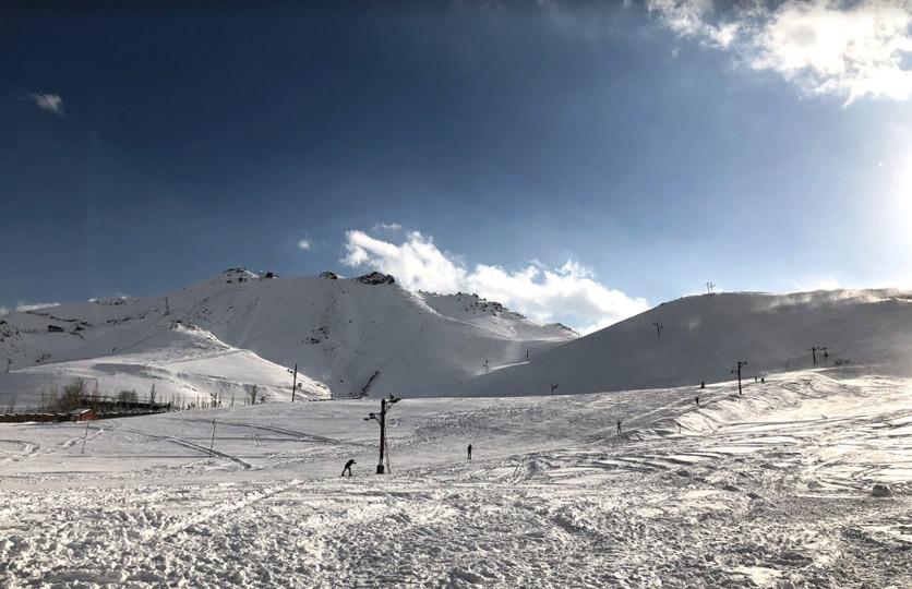 Abali ski resort in Iran