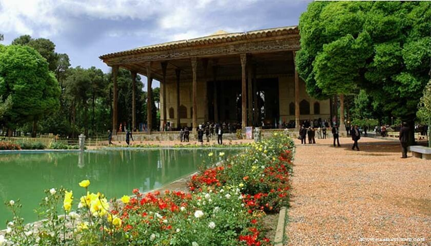 40 Sotun palace in Isfahan