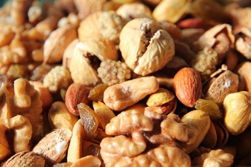4shanbeh Suri Food