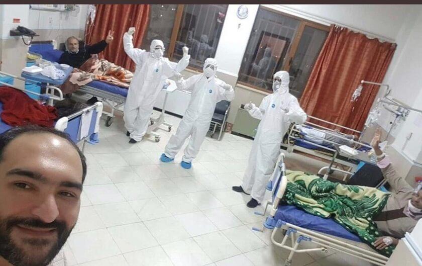 Corona patiens and selfie with nurses