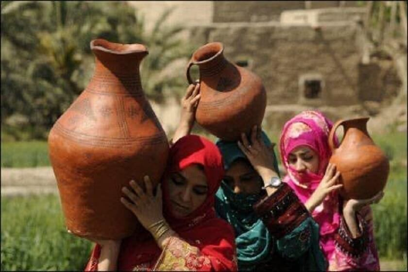 Sistan and Baluchistan pottery